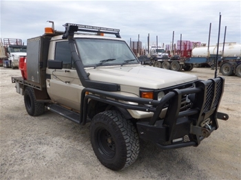 2002 Toyota Landcruiser 4WD Service Body Ute