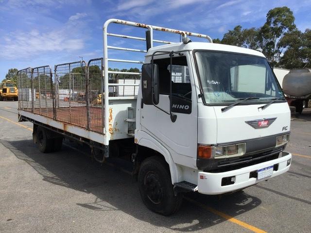 1993 Hino FC 4 x 2 Tray Body Truck
