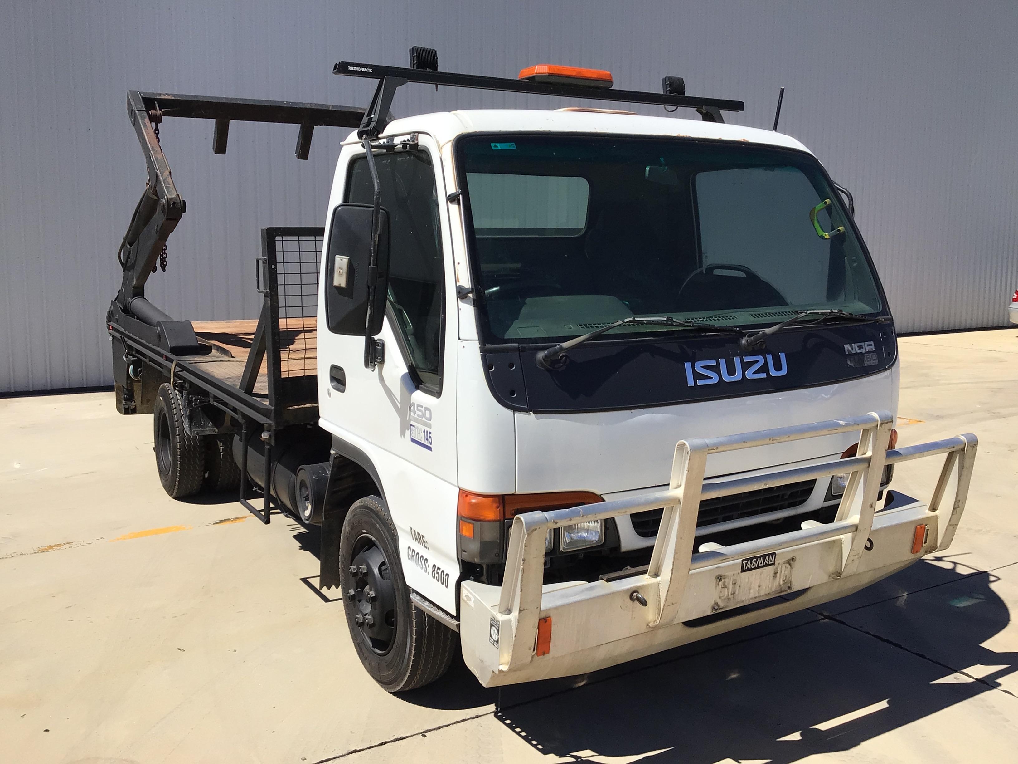 2001 Isuzu NQR 450 Long 4 x 2 Hooklift Truck
