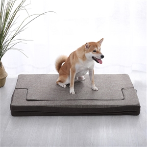 Charlie's Pet Padded Support Mat with Bo