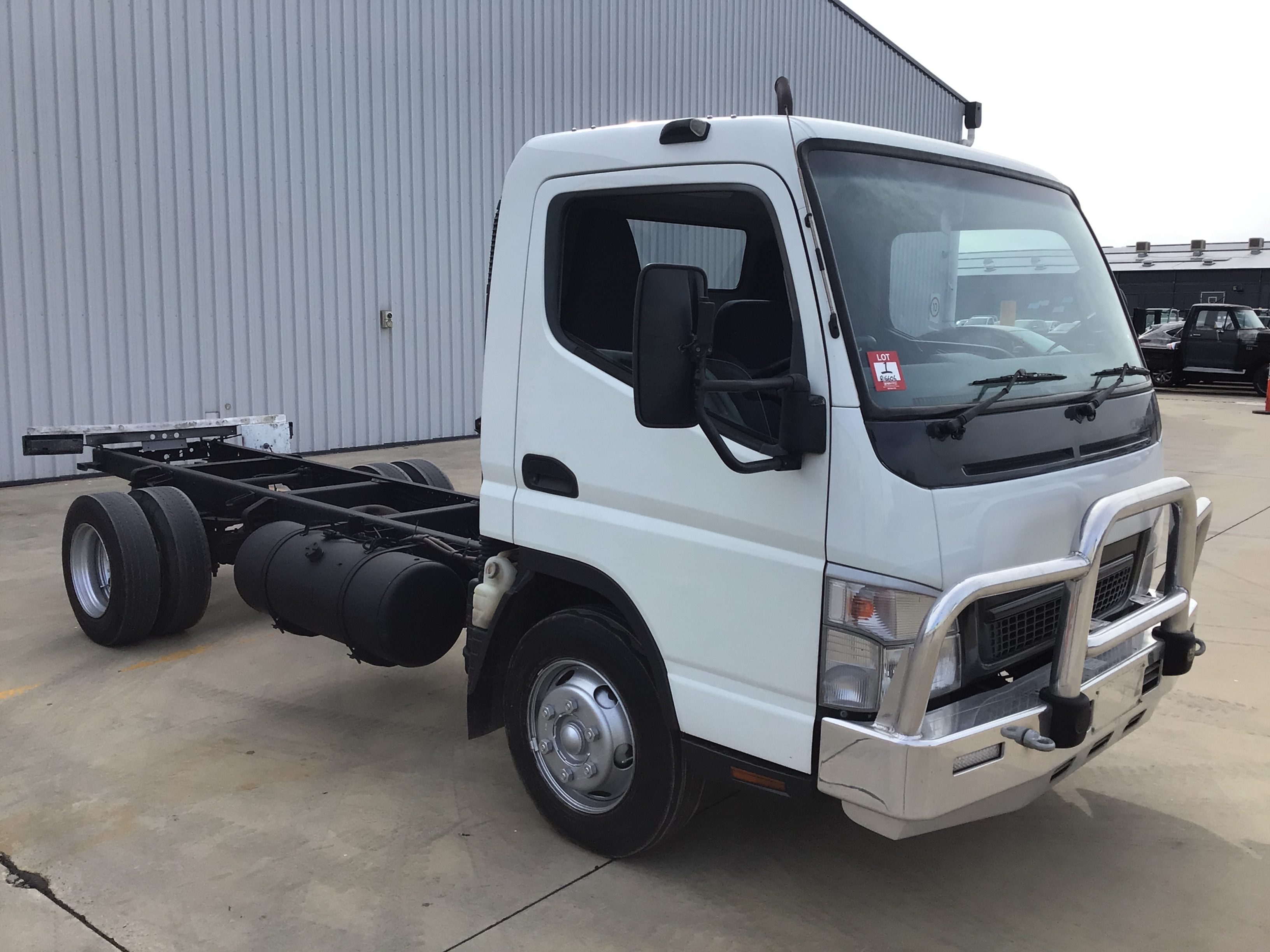 2005 Mitsubishi Canter 7/800 4 x 2 Cab Chassis Truck