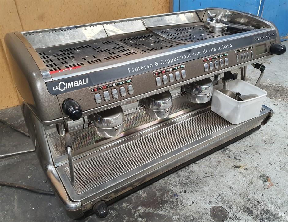 LA Cimbali 3 group coffee machine - Electric