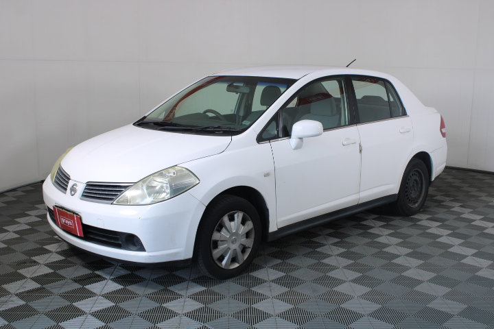 2009 Nissan Tiida ST Auto Sedan 152,926 kms