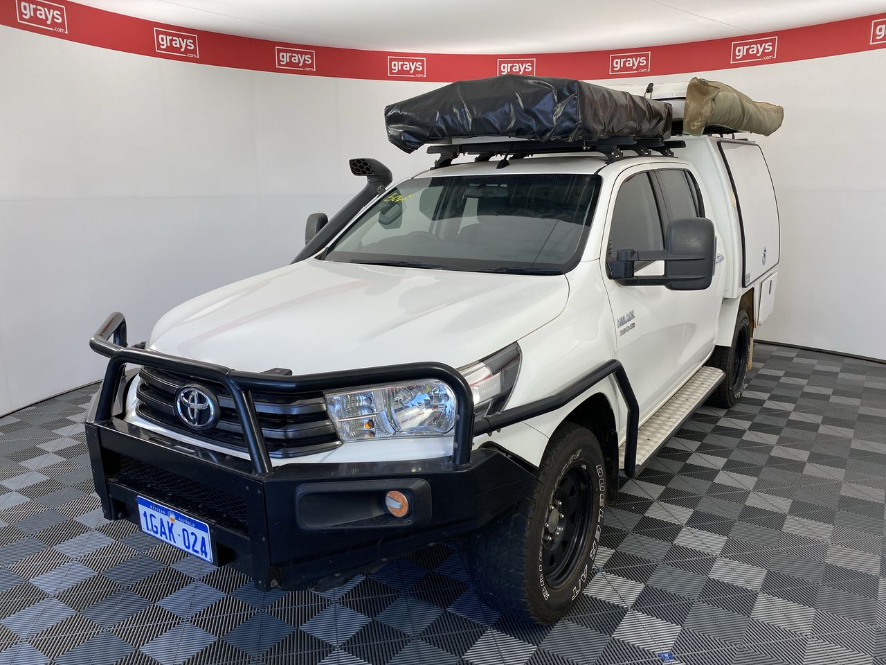 2016 Toyota Hilux SR (4x4) GUN126R Turbo Diesel Automatic Crew Cab Camper