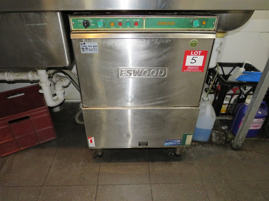 Eswood, Underbench Commercial Dishwasher