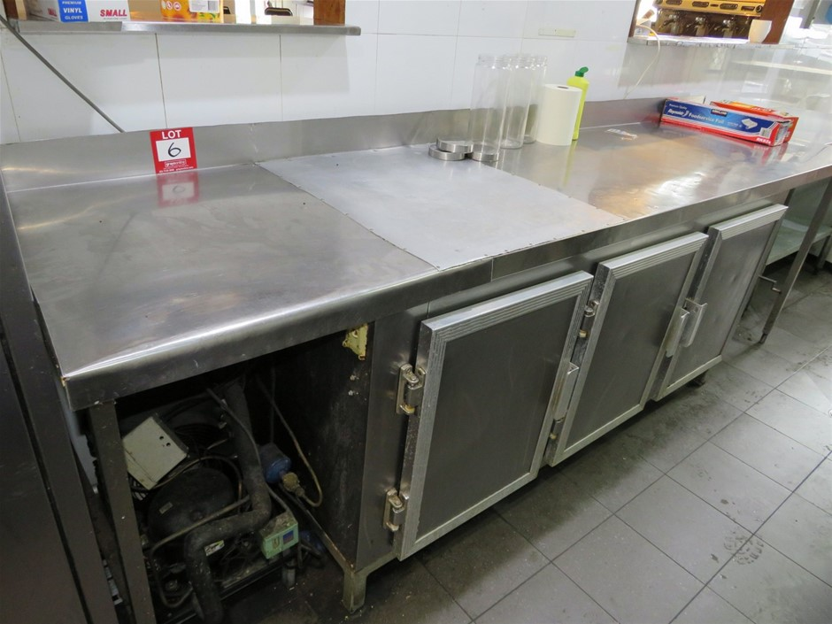 Unbranded Stainless Steel Food Preparation Bench w/Under Bench Refrigerator