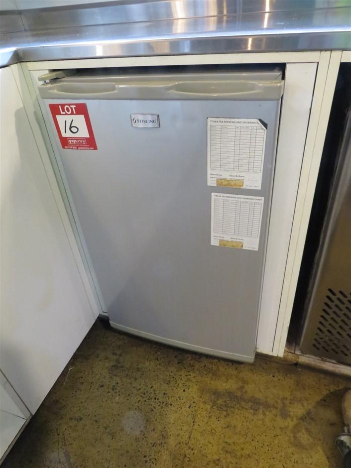 Stirling, Underbench Single Door Freezer