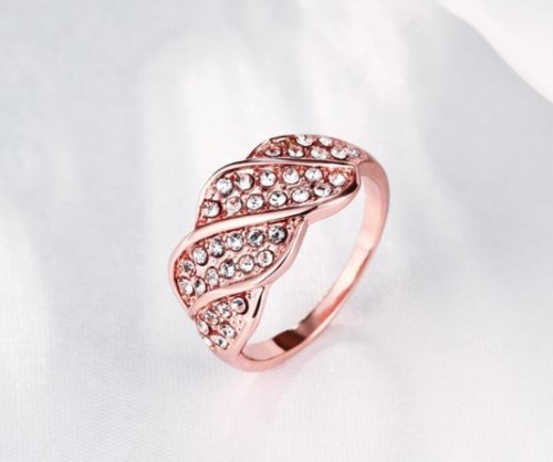 Lovely 18k Rose Gold filled Ring Wave CZ Woman ring Size 8