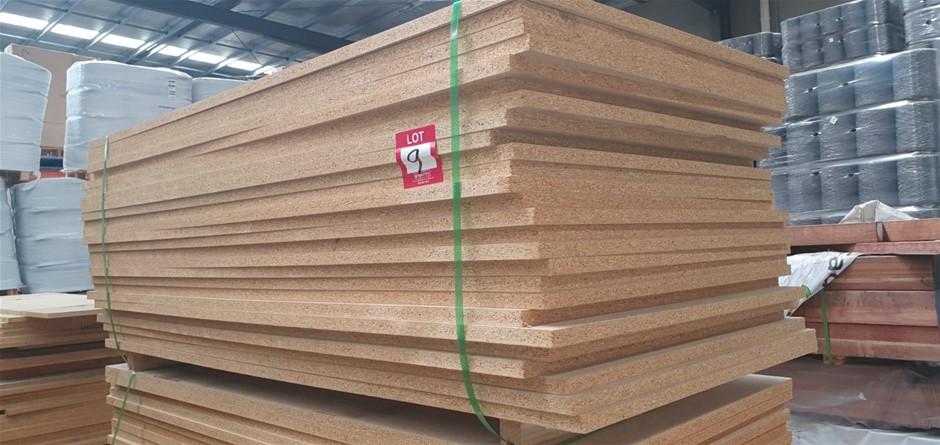Flooring Particleboard : 1800 x 900 x 25mm. Total = 26 pcs