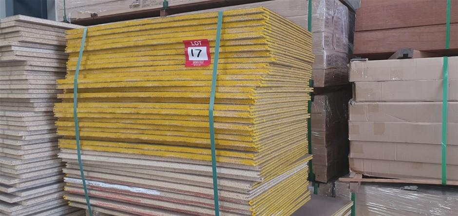 Flooring Particleboard : 900 x 560 x 19mm . Total = 40pcs
