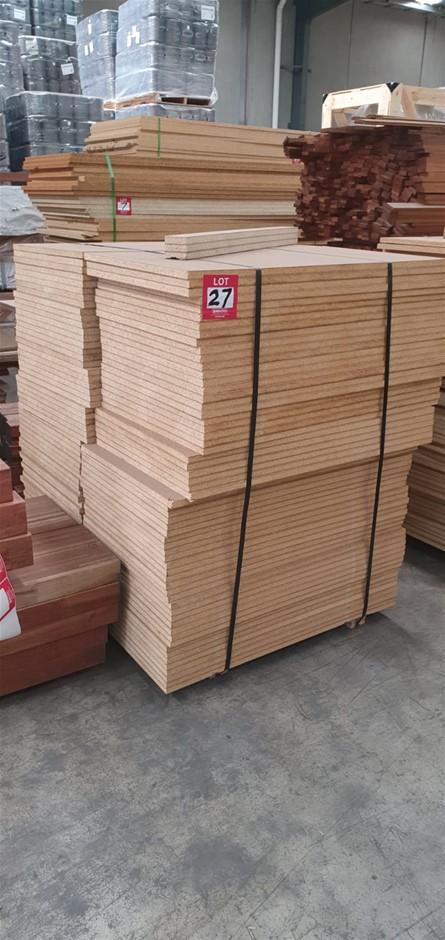 Flooring Particleboard : 900 x 500 x 19mm . Total : 120 pcs