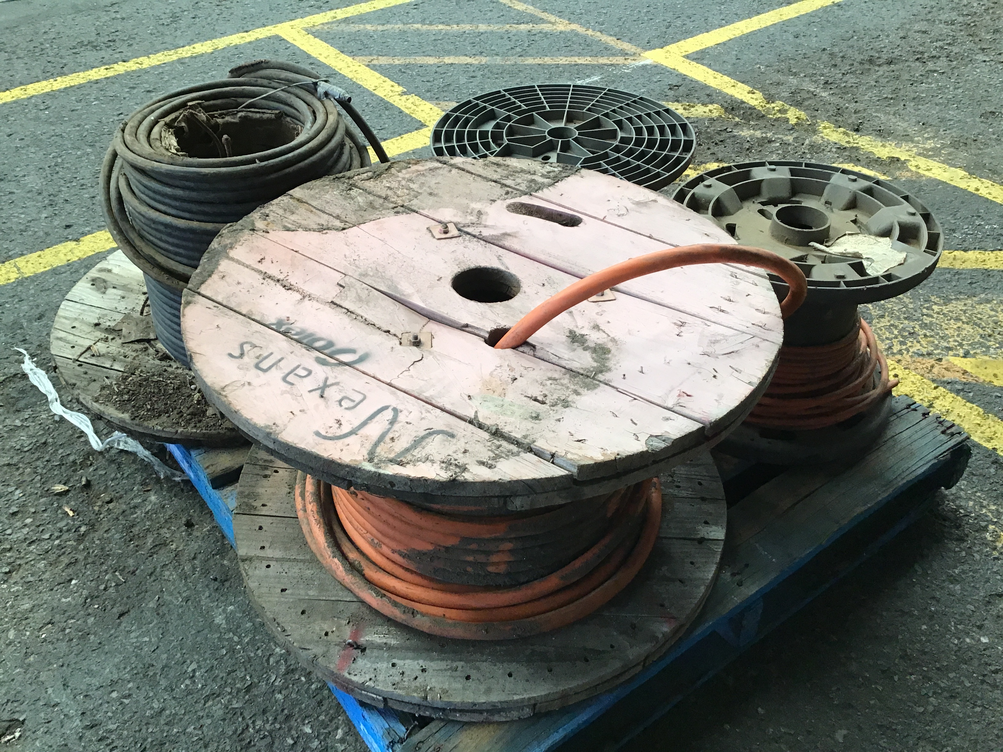 4x Part Reels of Various Electrical Cabling