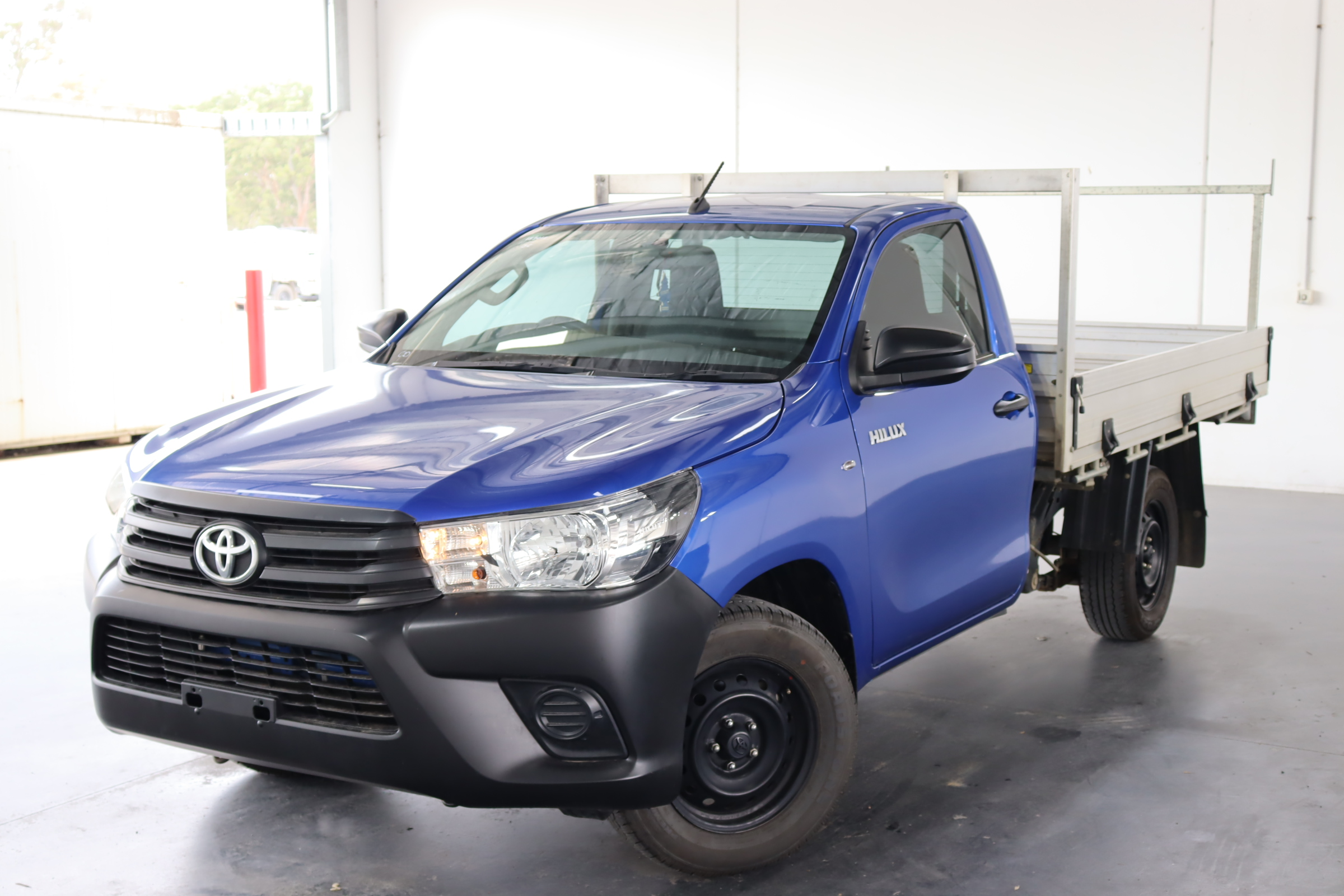 2017 Toyota Hilux Workmate TGN121R Man Cab Chassis(WOVR+REPAIR)