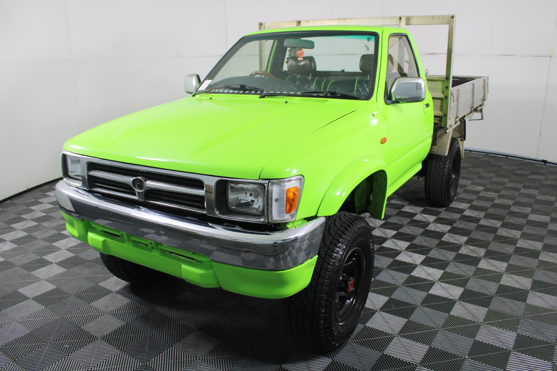 Toyota Hilux Manual Ute