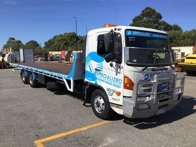 2009 Hino FD 6 x 2 Tilt Tray Truck