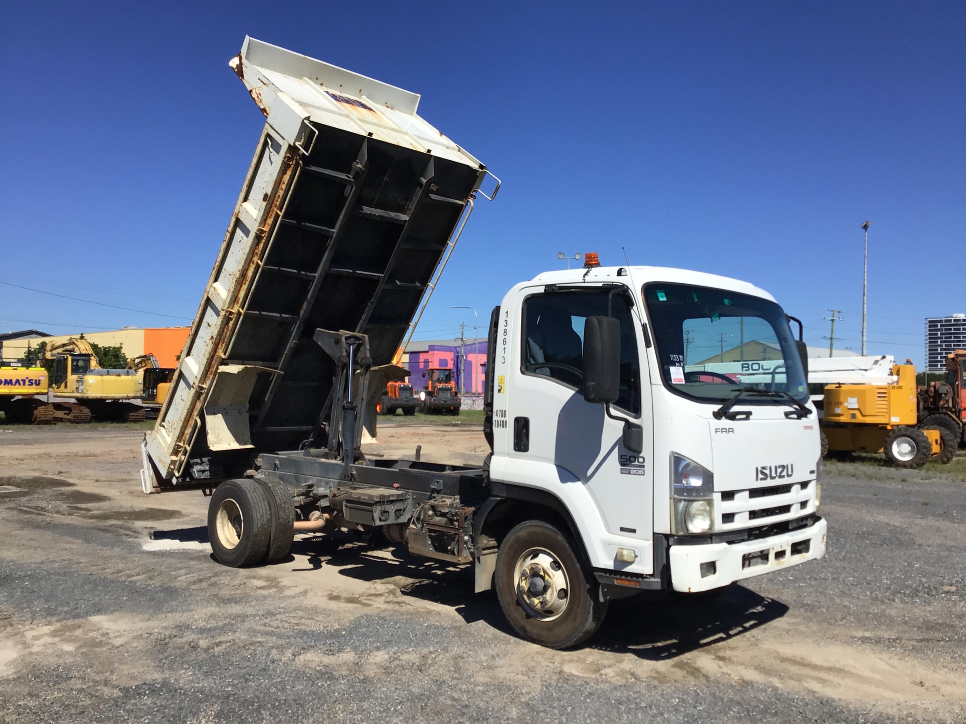2010 Isuzu FRR500 4 x 2 Tipper Truck