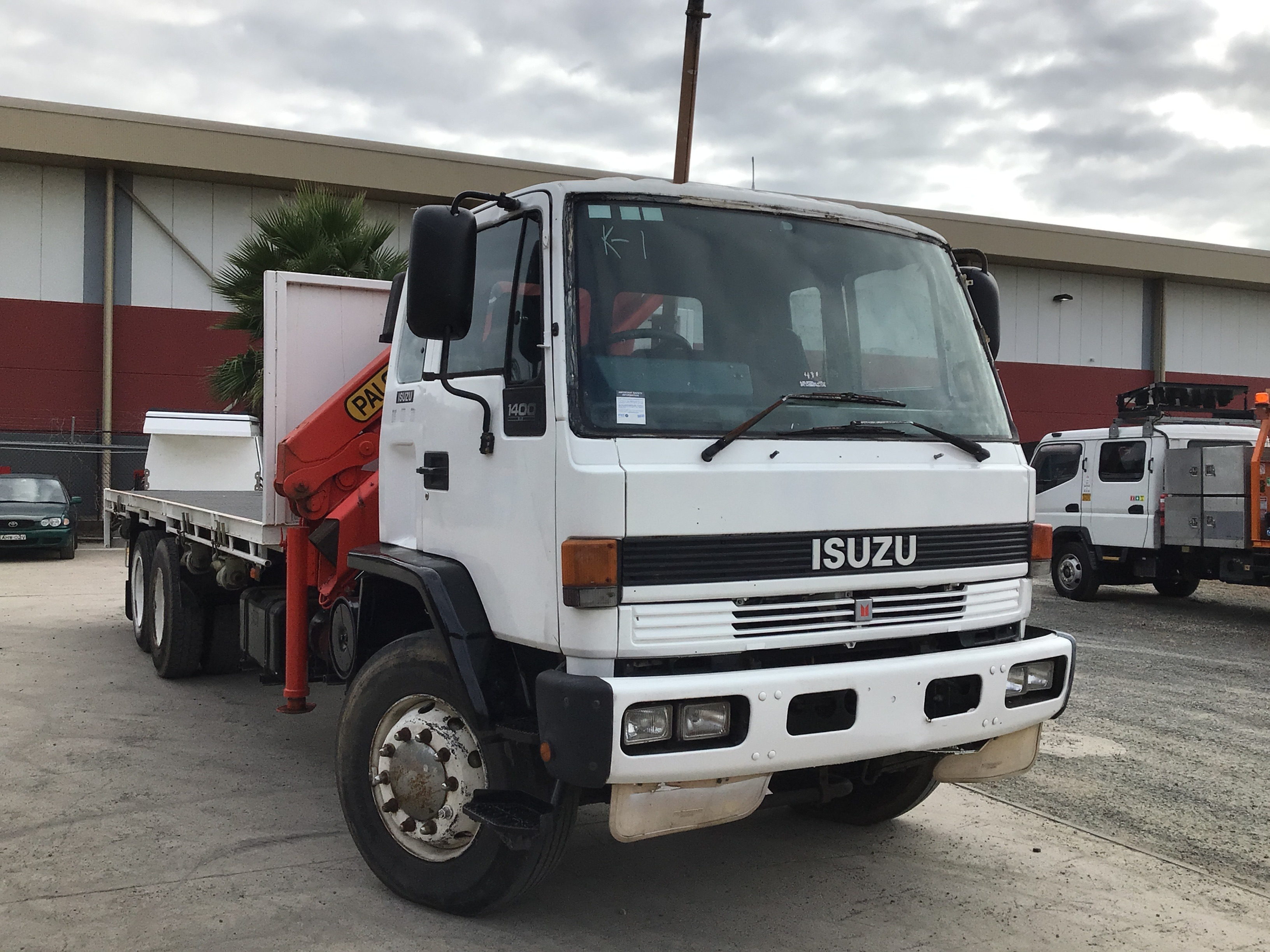 1994 Isuzu FVM 1400 6 x 2 Tray Body Crane Truck