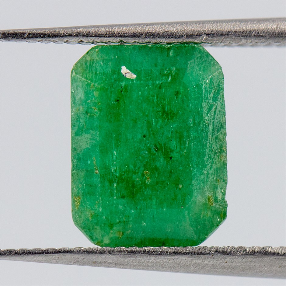 One Loose Emerald, 1.98ct in Total