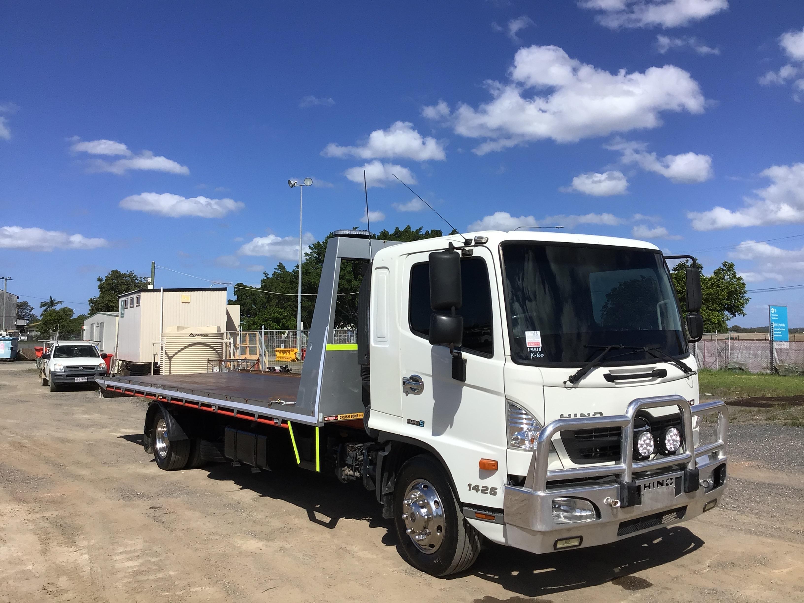 2011 Hino FE 4 x 2 Tilt Tray Truck with Winch