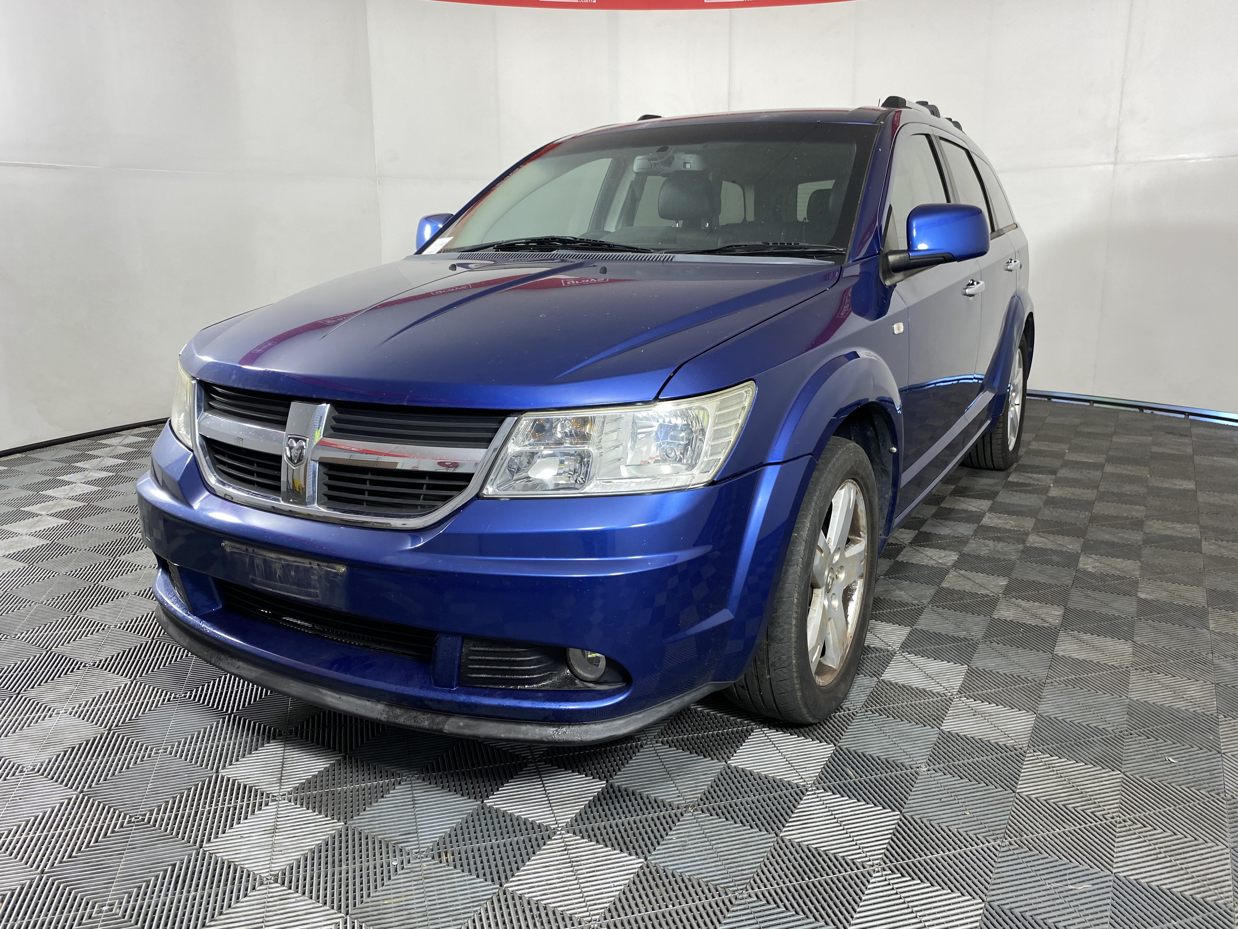 2010 (2011) Dodge Journey R/T Automatic People Mover 146,286km