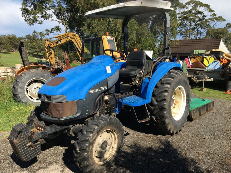 2006 New Holland TC40S Tractor