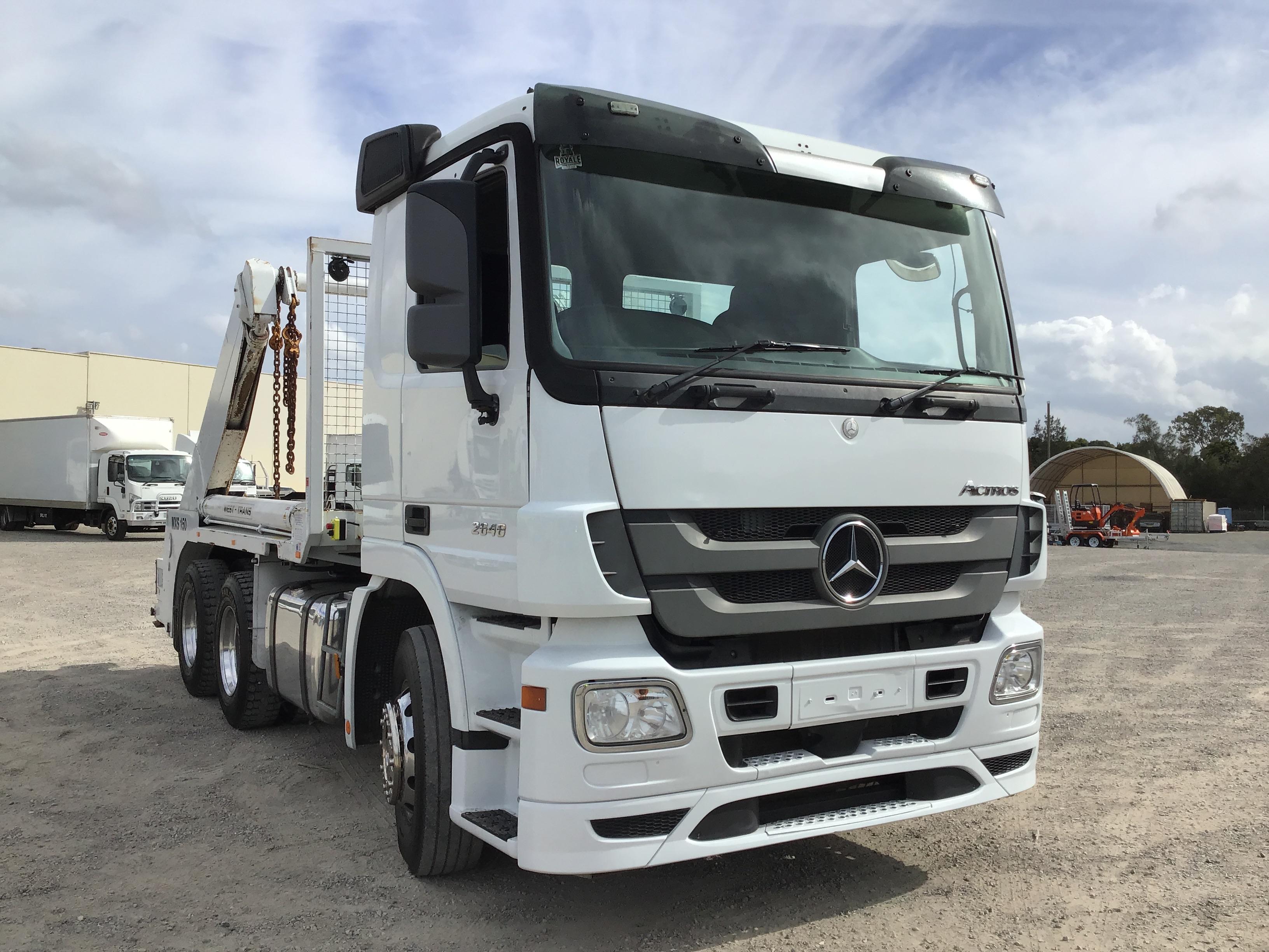 2014 Mercedes ACTROS 2648 6 x 4 Skip Bin Truck