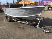 Stacer 420 SeaHorse Power Boat