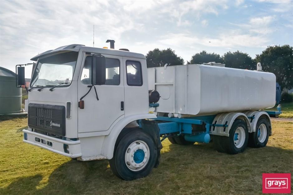 1994 International Water Carrier Truck