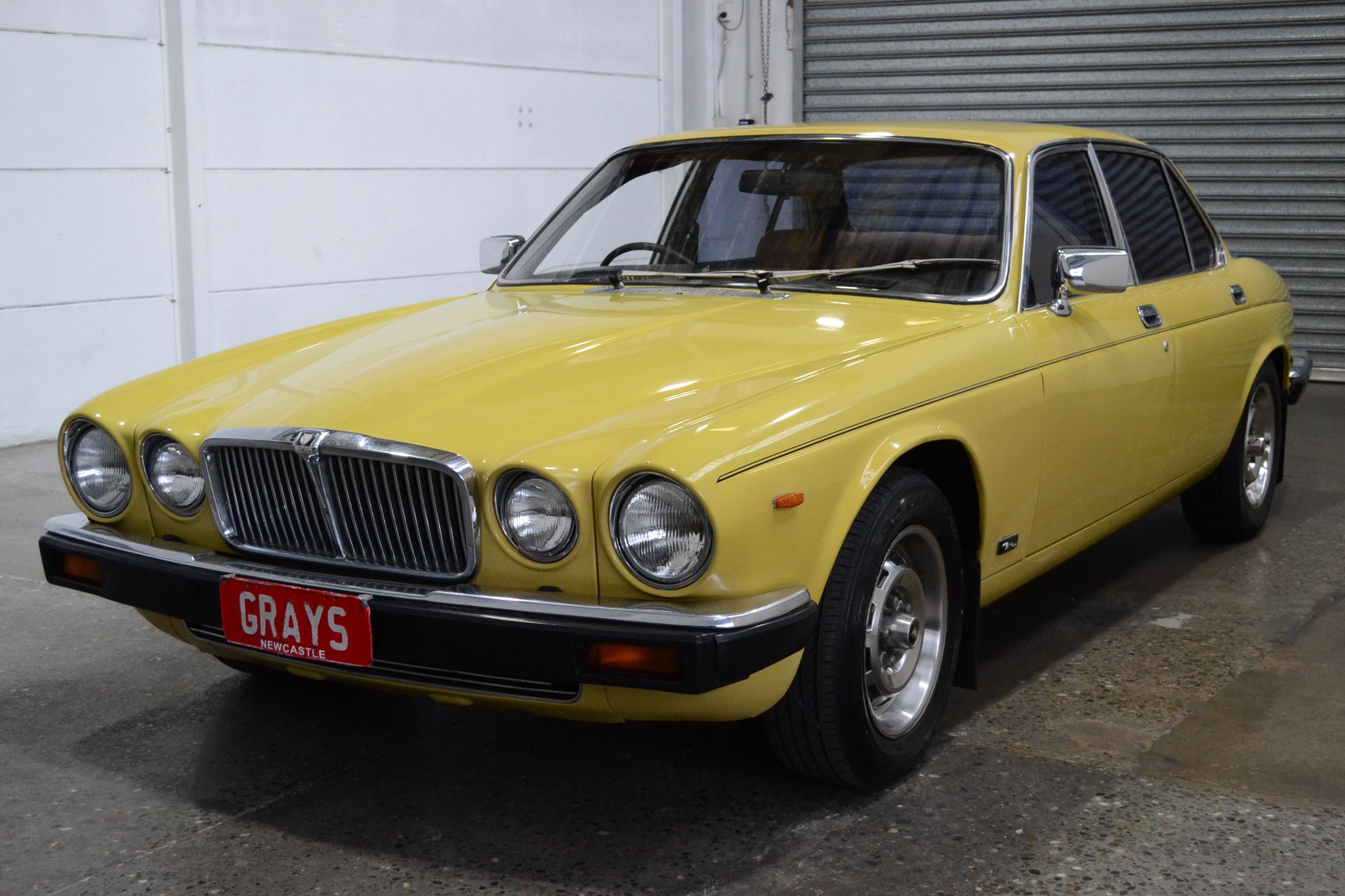 1980 Jaguar XJ6 Series 3 Auto Sedan Cotswold Gold