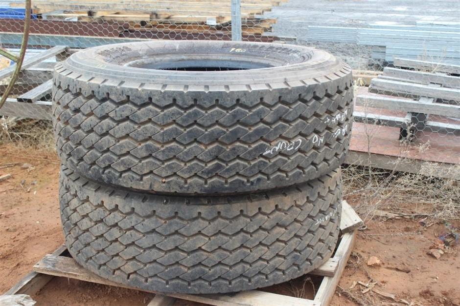 2x Truck Tyres