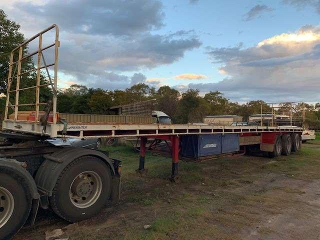 Freighter Flat Bed 48ft Triaxle Trailer