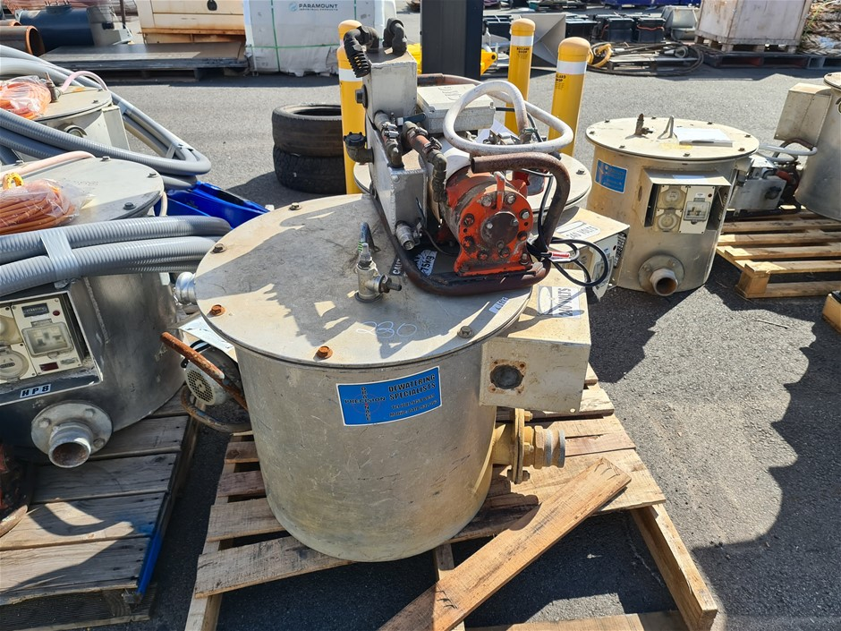 2 x Dewatering Pumps with 2 x Vacuum Pumps