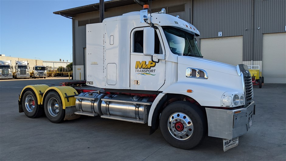 2013 Freightliner CST112 6 x 4 Prime Mover Truck