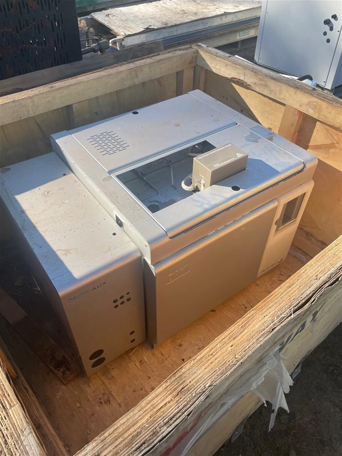Gas Chromatograph - New