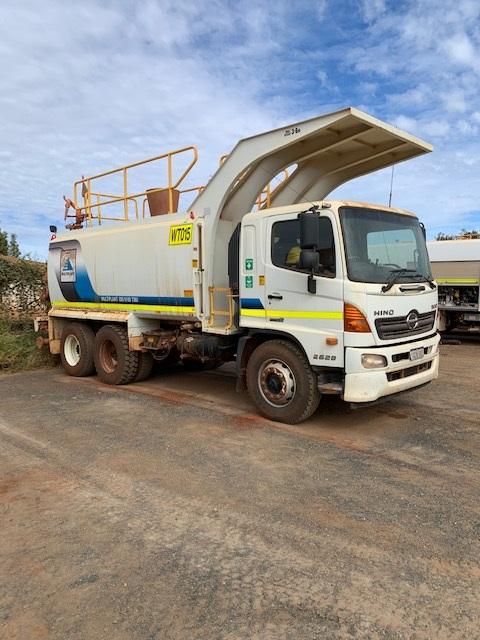 2012 Hino 500 6 x 4 Water Truck (Port Hedland)