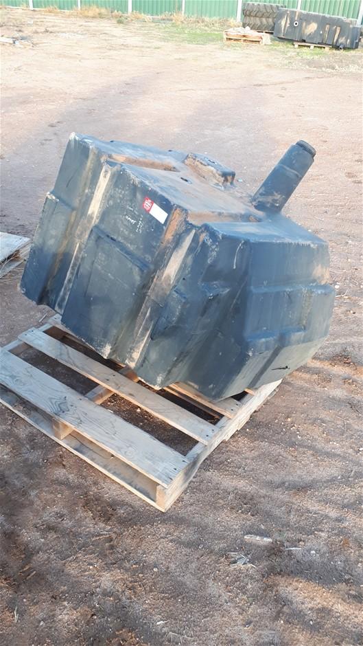 1 x Tractor Fuel Tank, Plastic