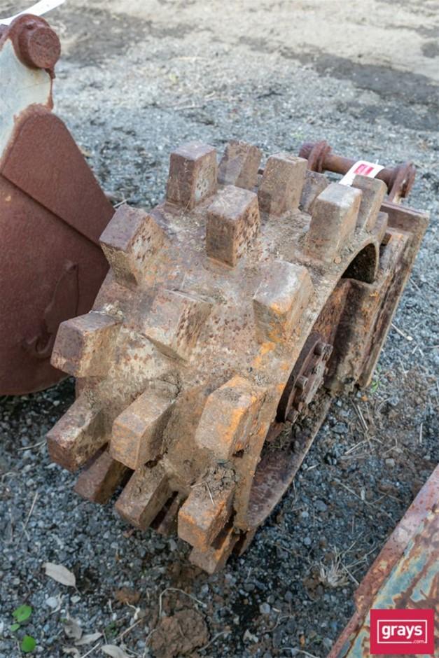 Excavator Wheel Compactor Vibrator Attachment