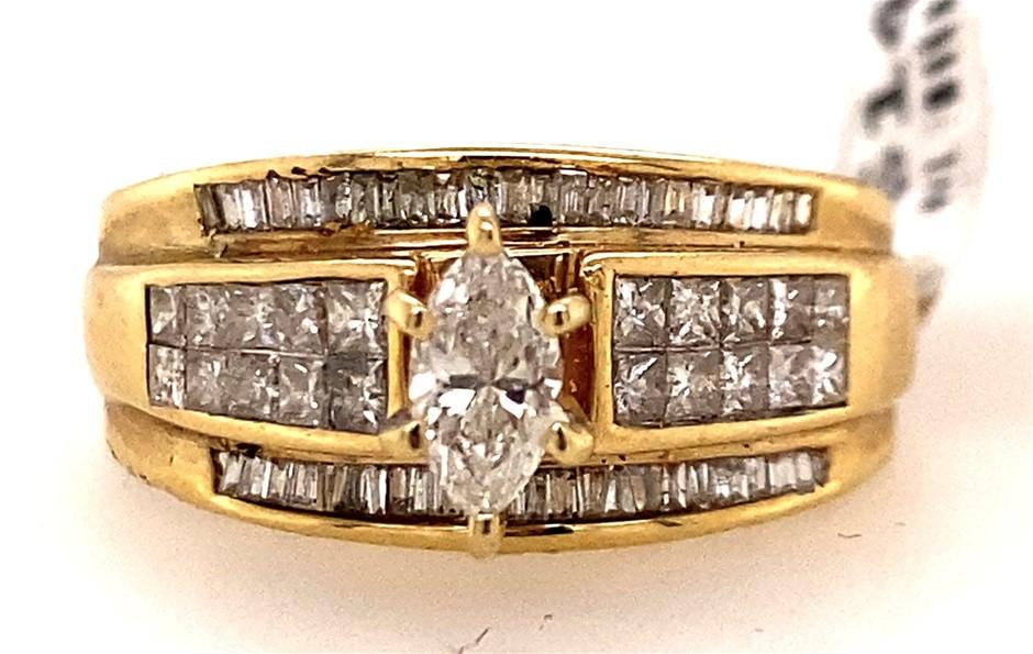 14ct Yellow gold diamond cluster ring