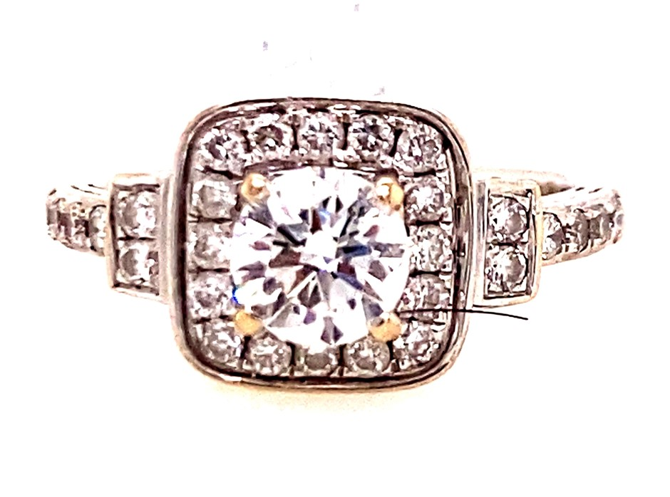 18ct white gold 0.87ct diamond cluster ring