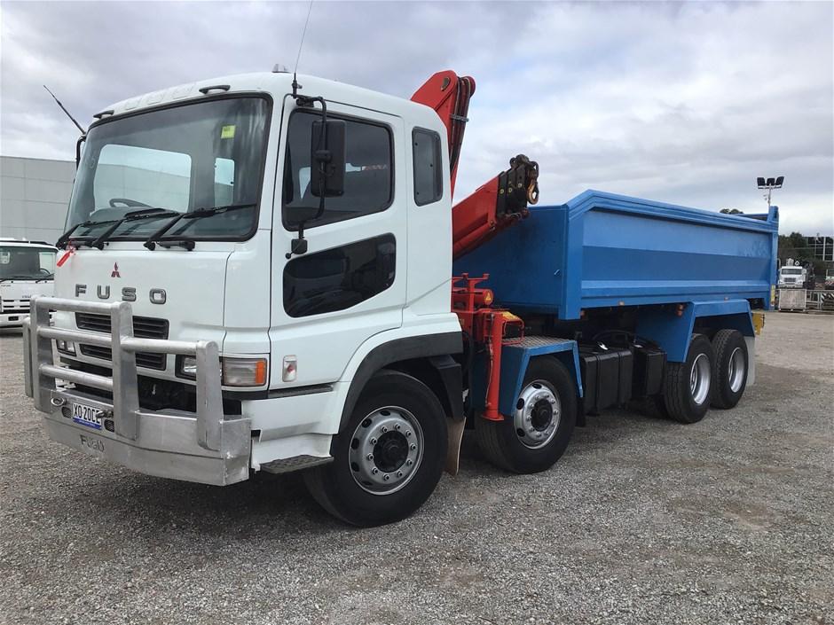 2010 Fuso 8x4 Tipper/Crane Truck