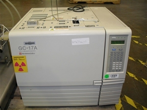 Shimadzu GC-17A Gas Chromatograph System, Marks & Scratches (FA041687) PROM