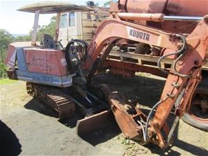 Kubota KH-101 hydraulic mini excavator