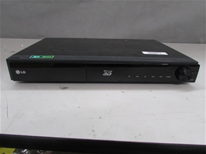 LG Blu-Ray 3D DVD Player, Model HB906TAW (Note: No remote control, scratche