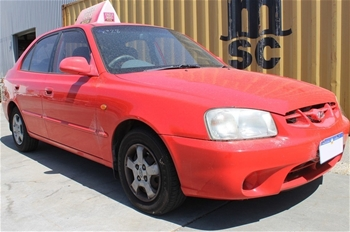 2000 hyundai accent gls sedan 2007 hyundai getz hatchback. Black Bedroom Furniture Sets. Home Design Ideas