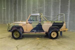 Land Rover 110 4X4 Cargo Soft Top 9/1990