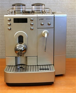 Jura Impressa X7 Automatic Coffee Machine 100 Cups Per Day 72962