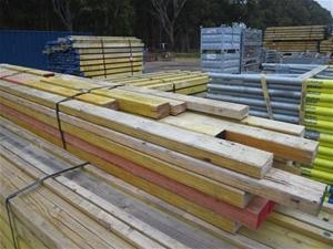 Bundle of 25x Timber formwork beams, 1000-4700mm(L)