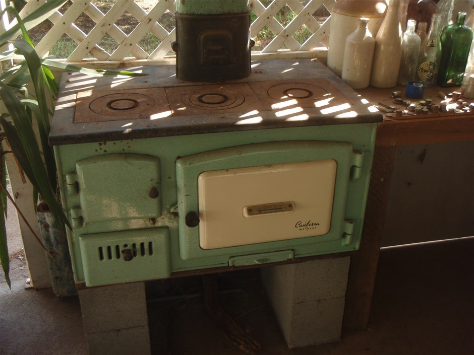 Metters Canberra Wood Fire Stove Very Clean Fire Box Has No Rust Fine Exa Auction 0189 5014036 Graysonline Australia