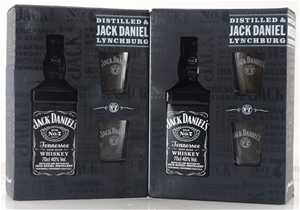 Jack Daniels Gift Pack with 2 glasses Bo